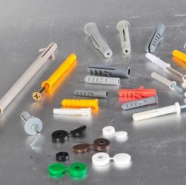 Kina tillverkar skruvväggproppar